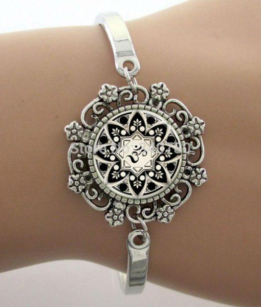 cabochon-dome-lace-cuff-bracelets