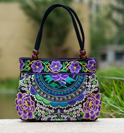 purple mandala flower shoulder handbag