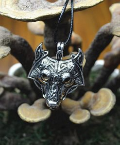 original-vikings-norse-wolf-head-necklace