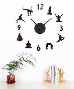 creative-diy-yoga-wall-clock