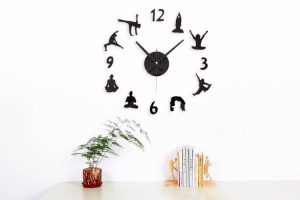 creative-diy-yoga-wall-clock
