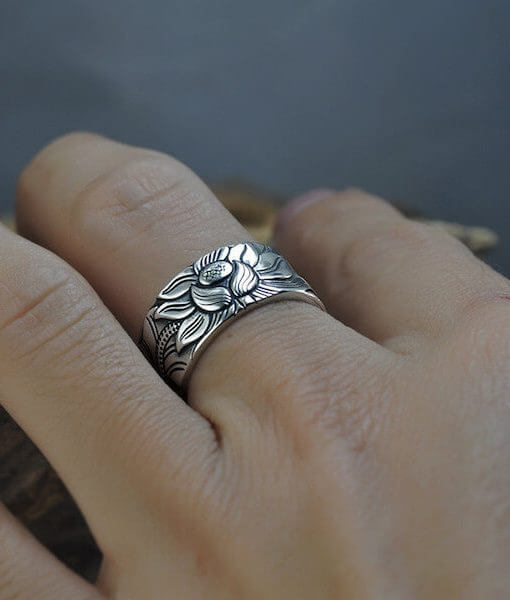 Buddhist Heart Sutra Lotus Silver Ring