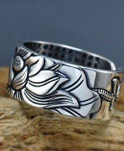 silver-buddhist-heart-sutra-lotus-ring