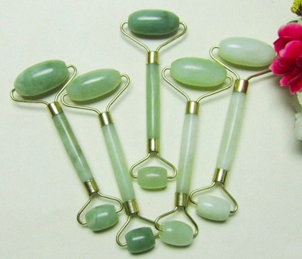 Jade Facial Roller Benefits