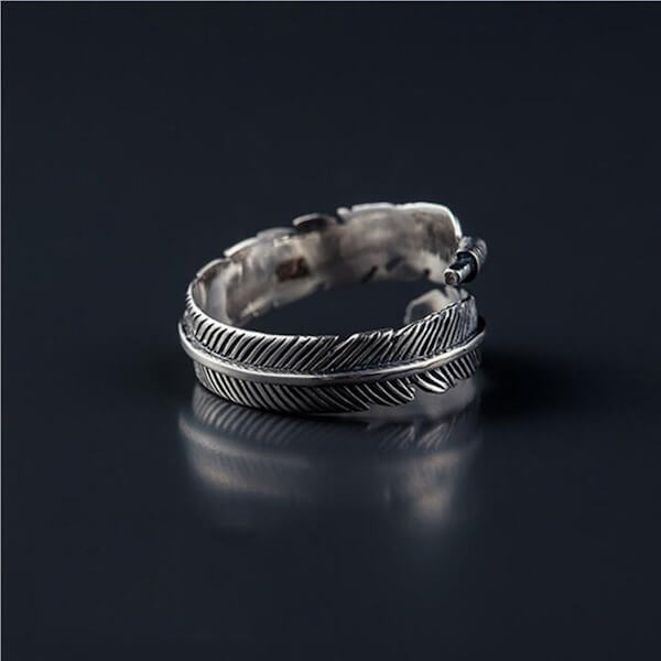 Adjustable Silver Navajo Carved Feather Ring