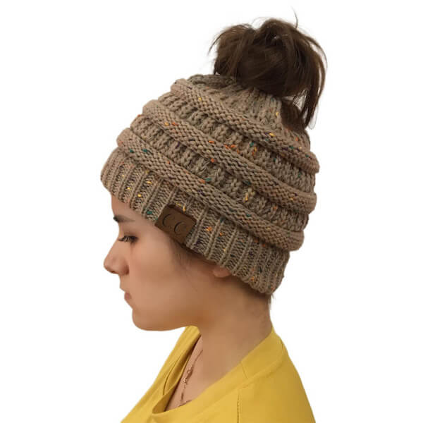WOMEN WARM STRETCHY PONYTAIL BEANIES