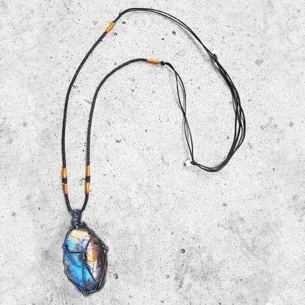 Dragons Heart Labradorite Necklace