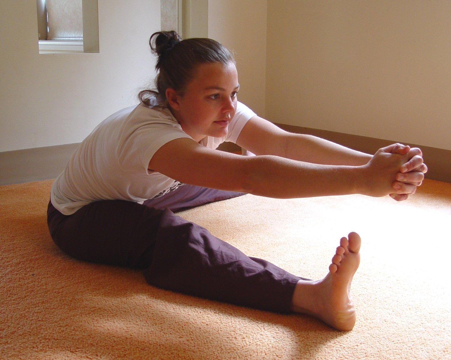 grinding yoga pose