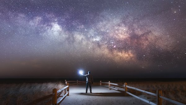 8 Best Astronomy Gifts For E